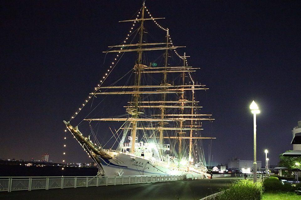 名古屋港ガーデン埠頭3号岸壁 海王丸